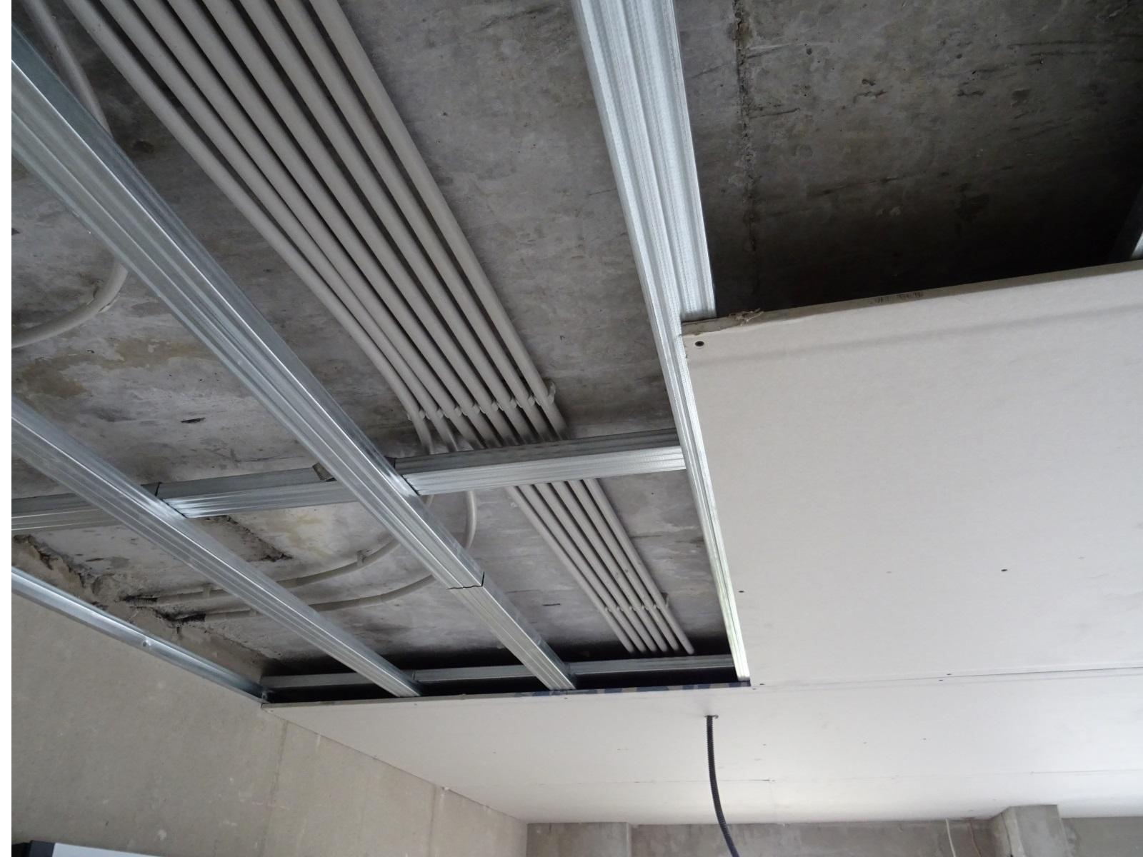 casetare tavan - instalatie electrica