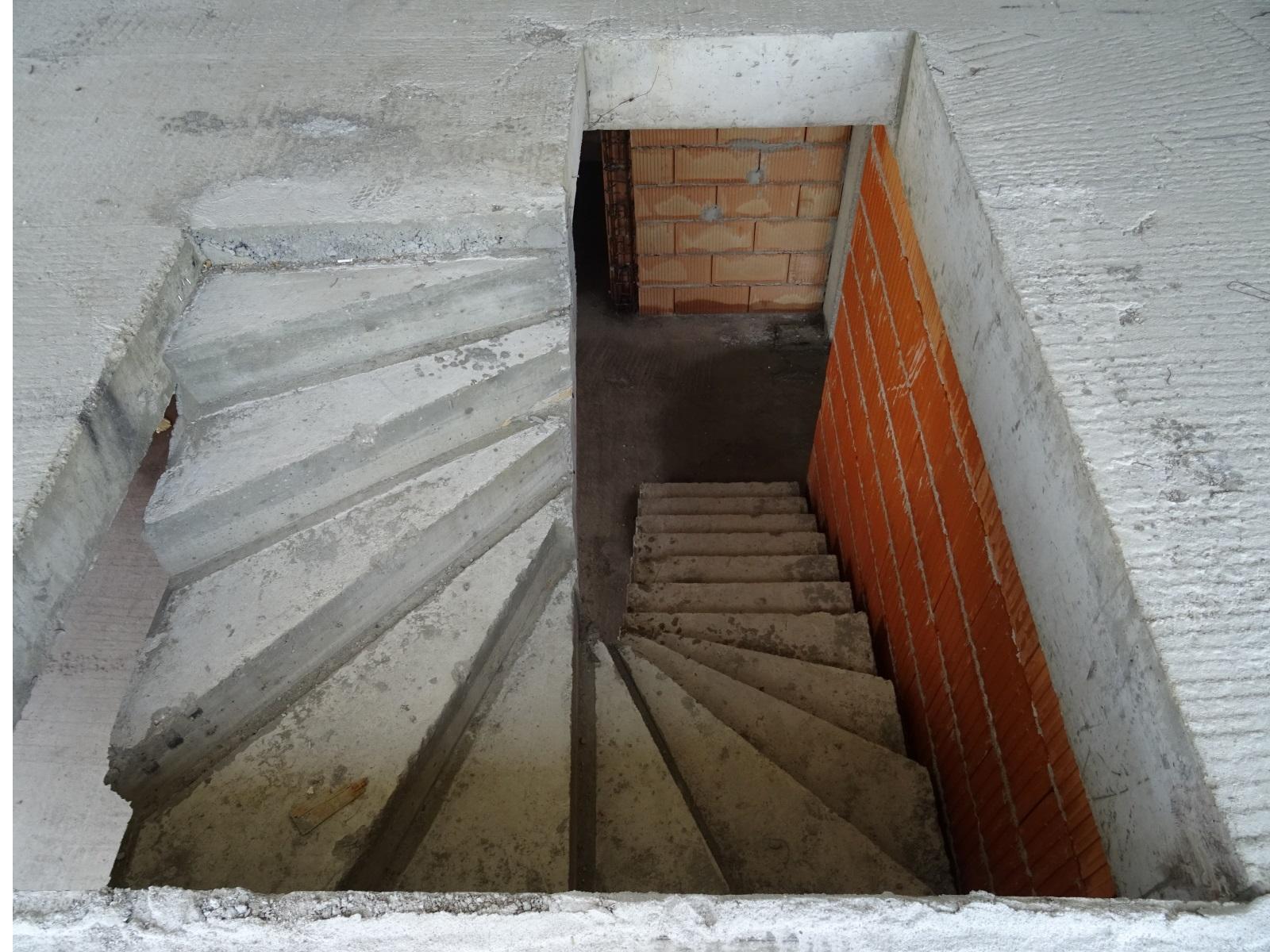 penthouse tip 16 scara