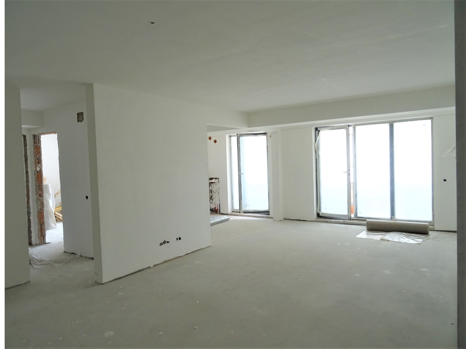 tip 12 etaj 2 living, bucatarie
